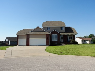 Wichita Single Family Home For Sale: 2229 S Stoneybrook Ct.