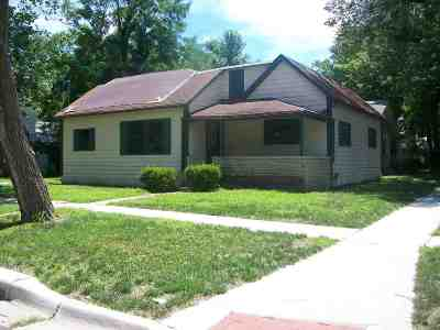 Winfield Single Family Home For Sale: 421 W 10th Ave
