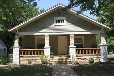 Winfield Single Family Home For Sale: 119 N Indiana