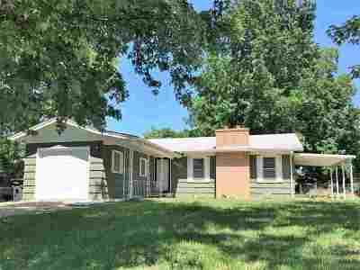 Arkansas City Single Family Home For Sale: 902 N 9th