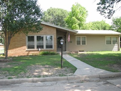 Winfield Single Family Home For Sale: 1520 E 13th Ave