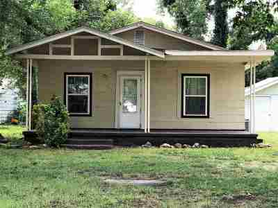 Arkansas City Single Family Home For Sale: 915 S 3rd