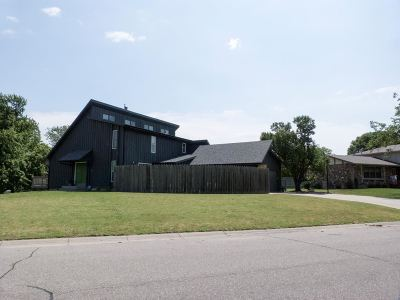 Newton Single Family Home Contingent: 508 Rolling Hills Dr