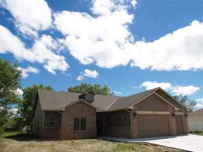 Wichita Single Family Home For Sale: 15405 Castle