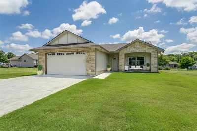 Oxford Single Family Home For Sale: 1 Oak Court