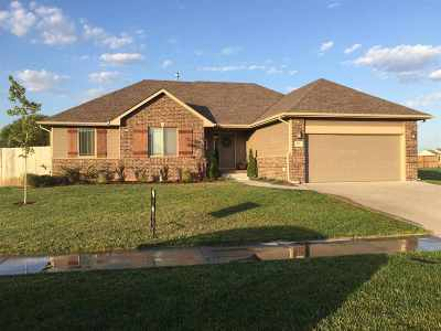 Maize Single Family Home For Sale: 702 S Horseshoe Bend St