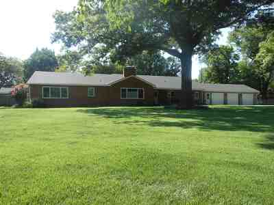 Harvey County Single Family Home Contingent: 1411 Hillcrest Rd