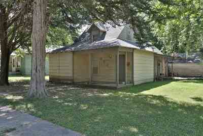 Winfield Single Family Home For Sale: 903 E 5th Ave