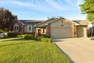Bel Aire Single Family Home For Sale: 4441 N Westlake Ct