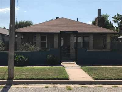 Arkansas City Single Family Home For Sale: 1607 S 1st Street