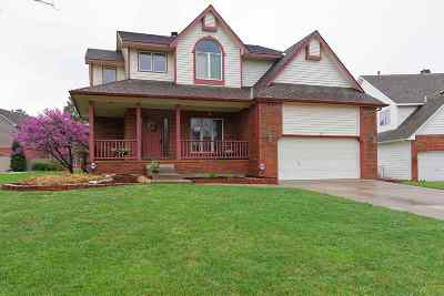 Wichita Single Family Home For Sale: 4217 N Ironwood Ct