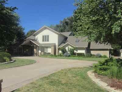 Arkansas City Single Family Home For Sale: 2305 Squirrel Run