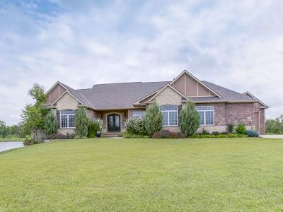 Wichita Single Family Home For Sale: 2174 S Welsh