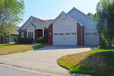Wichita Single Family Home For Sale: 2518 N Tee Time