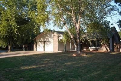 Haysville Single Family Home For Sale: 424 N Basswood Ln