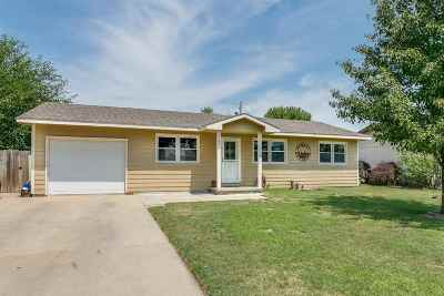 Haysville Single Family Home For Sale: 145 N Moy Ct