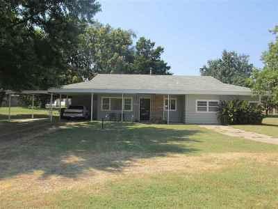 Arkansas City Single Family Home For Sale: 1303 N 14th Street
