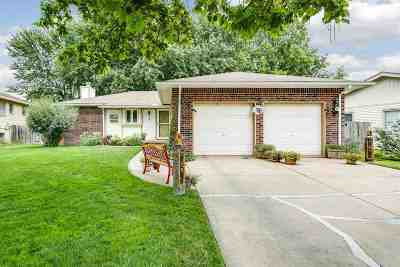 Valley Center Single Family Home For Sale: 3 Gayle Ct.