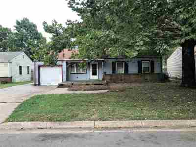 Derby Single Family Home For Sale: 1040 N Georgie Ave
