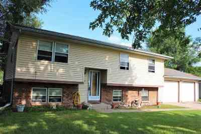 Goddard KS Single Family Home For Sale: $89,900