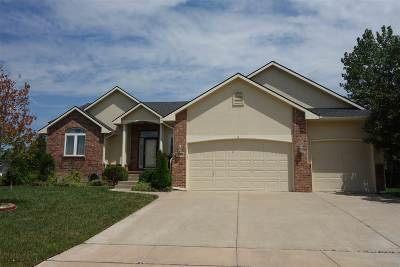 Andover Single Family Home For Sale: 808 W Putter Ct