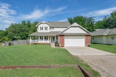 Derby Single Family Home For Sale: 500 W White Tail St