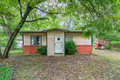 Haysville Single Family Home For Sale: 333 S Stewart Ct.