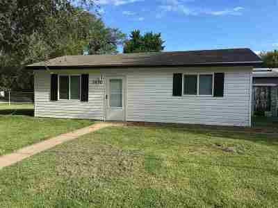 Wichita Single Family Home For Sale: 3630 W Taft