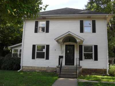 Single Family Home For Sale: 615 E 10th