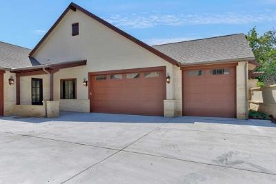 Wichita Condo/Townhouse For Sale: 2244 N Tallgrass St