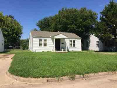 Wichita Single Family Home For Sale: 1851 N Minneapolis