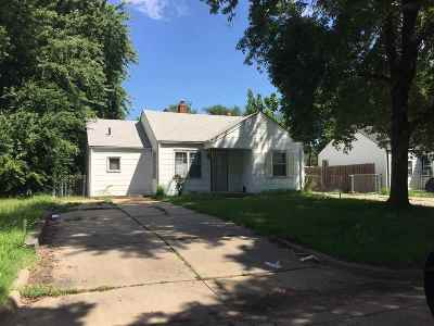 Wichita Single Family Home For Sale: 1740 E 22nd St N