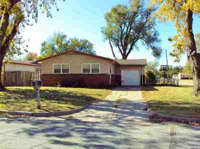 Wichita Single Family Home For Sale: 2203 S Millwood