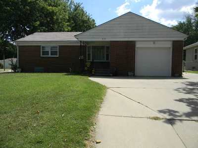 Haysville Single Family Home For Sale: 701 W Grand Ave