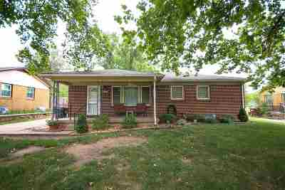 Mulvane Single Family Home For Sale: 316 E Martha Ave