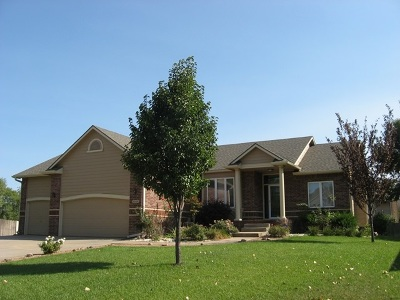 Wichita Single Family Home For Sale: 3038 N Ridge Port Ct