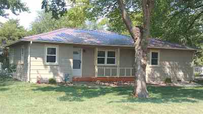 Andover KS Single Family Home For Sale: $124,900