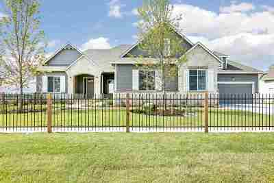 Wichita Single Family Home For Sale: 2916 N Curtis