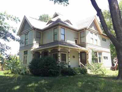Winfield Single Family Home For Sale: 220 W 11th Ave