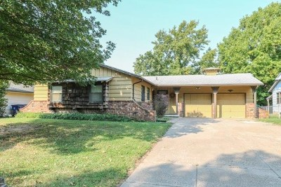 Mulvane Single Family Home For Sale: 1205 N Joann