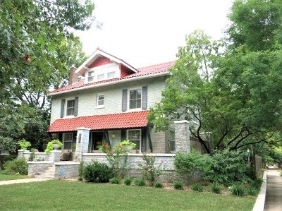 Wichita Single Family Home For Sale: 147 N Belmont Ave