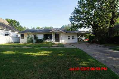 Winfield Single Family Home For Sale: 609 E 15th
