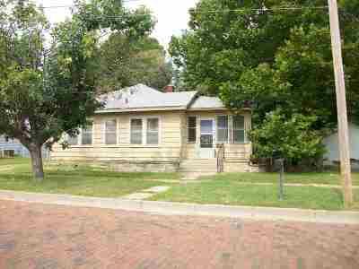 Arkansas City KS Single Family Home For Sale: $16,900