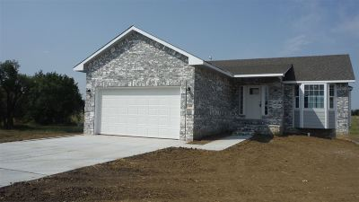 Andover KS Single Family Home For Sale: $184,900