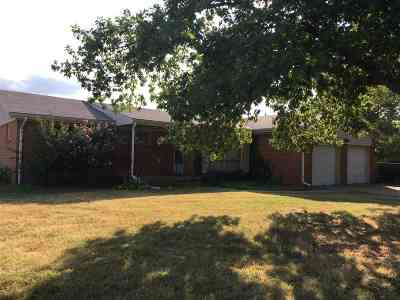 Wichita KS Single Family Home For Sale: $122,000