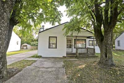 Haysville Single Family Home For Sale: 221 E Spencer Dr.