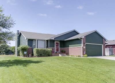 Valley Center Single Family Home For Sale: 611 S Stoneridge St