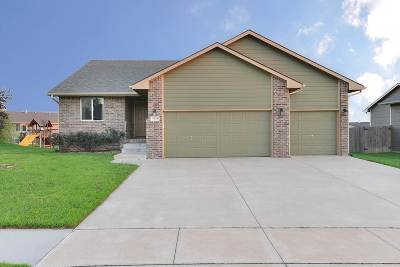 Derby Single Family Home For Sale: 1024 E Splitwood Way
