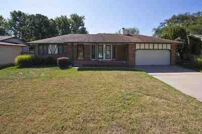 Wichita Single Family Home For Sale: 525 W Campus Ave