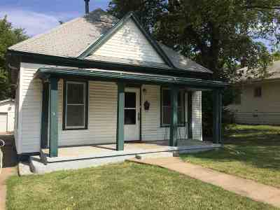 Wellington Single Family Home For Sale: 507 W Lincoln Ave